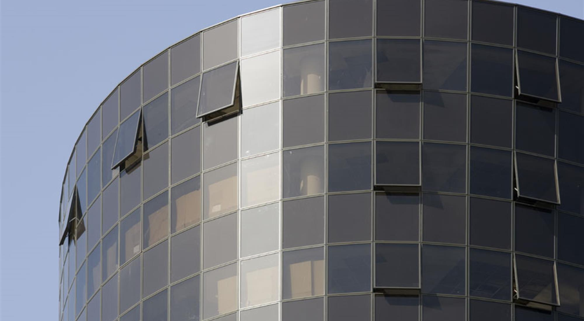 https://alukoenigstahl.mk/wp-content/uploads/2020/08/2009-11-Almeria-Tower-Zagreb-15.jpg