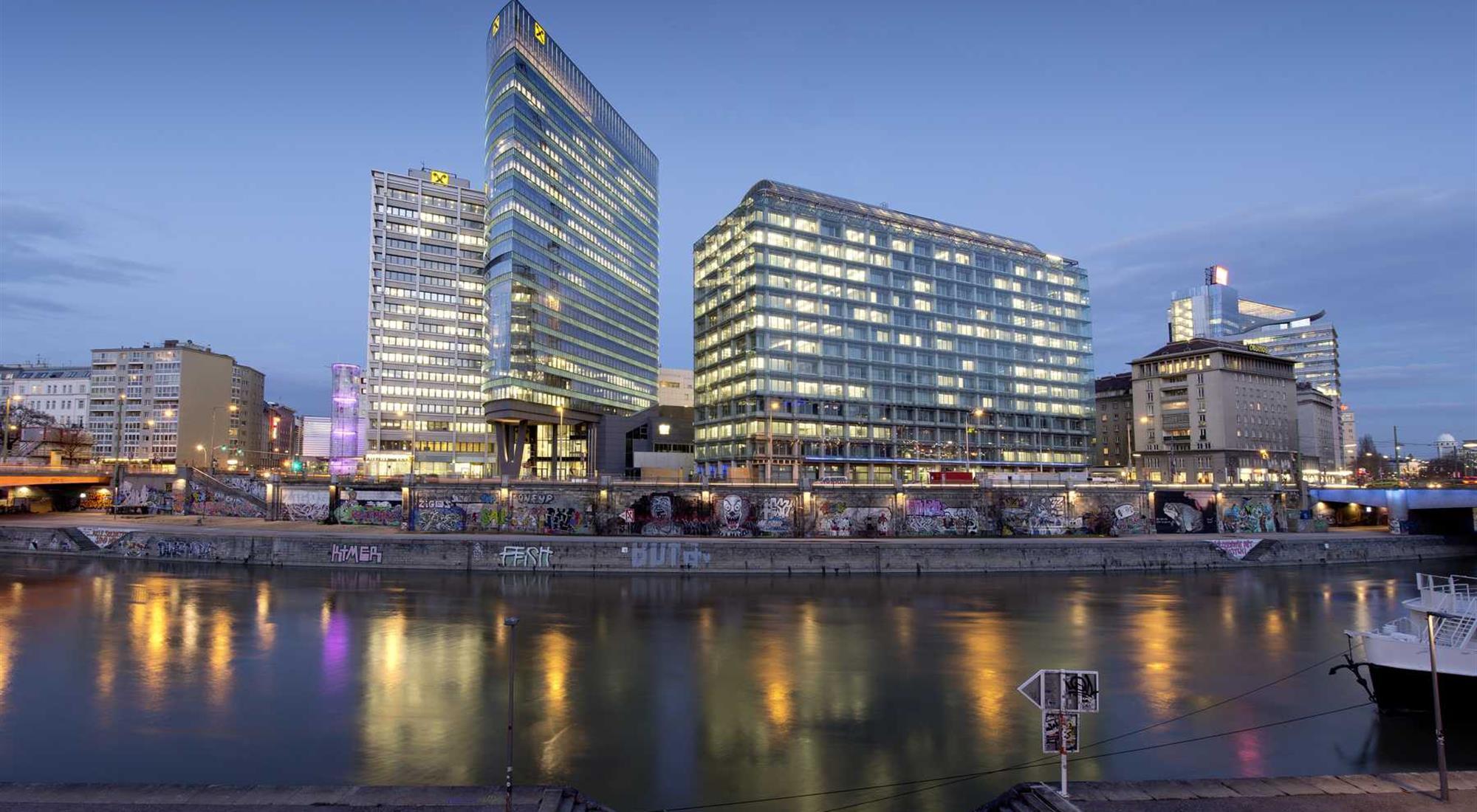 https://alukoenigstahl.mk/wp-content/uploads/2020/09/2013-02-EOD-Tower-Wien-13.jpg