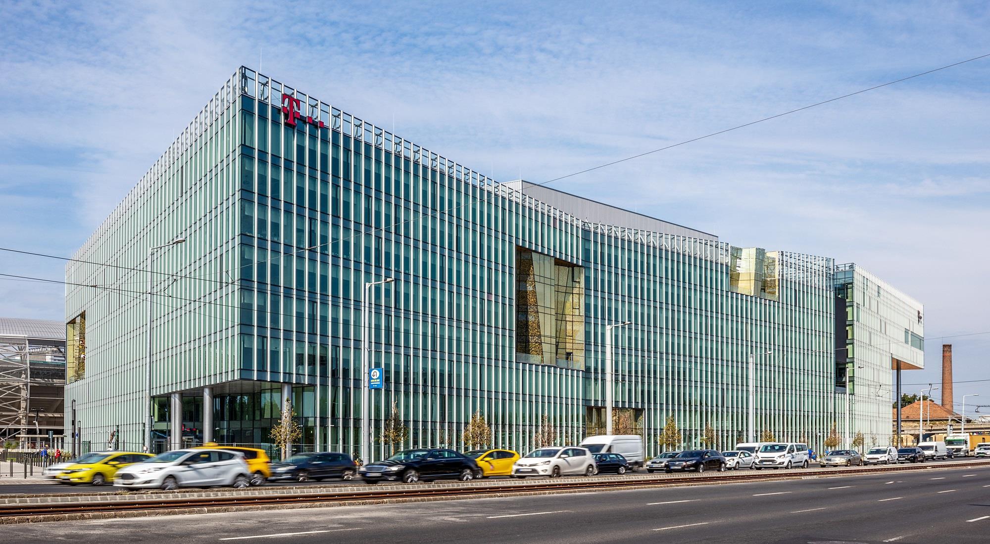 https://alukoenigstahl.mk/wp-content/uploads/2020/09/Telekom1.jpg